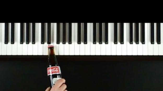 Coca Cola Piano